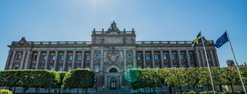 Januariöverenskommelsens försvarsadvokater flyr ansvaret för Sverige och demokratin